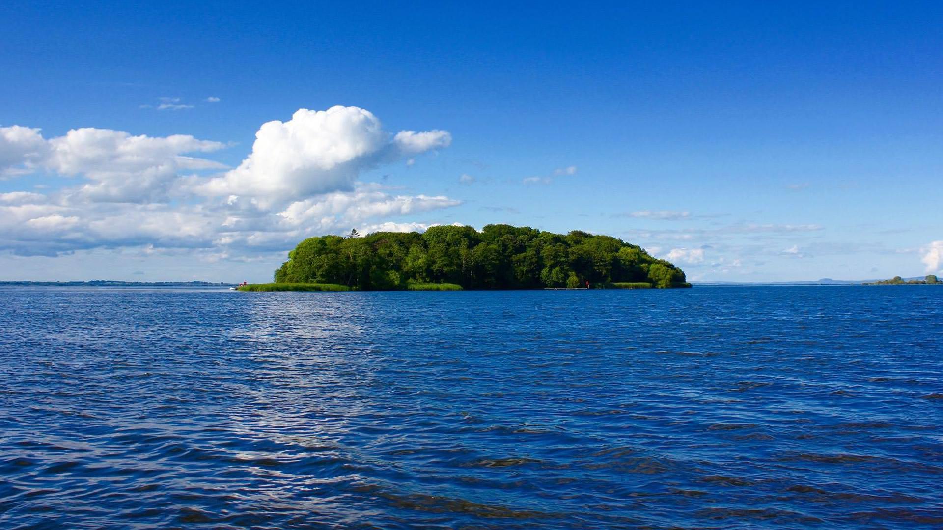 Lough Trips by Abhainn Cruises